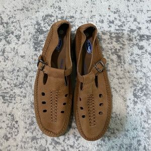 Dr. Scholl's leather loafers Mary Jane tan 10